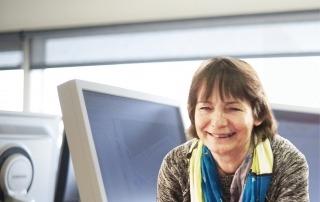 KRs telefonstemme Mona Ansel går på pension